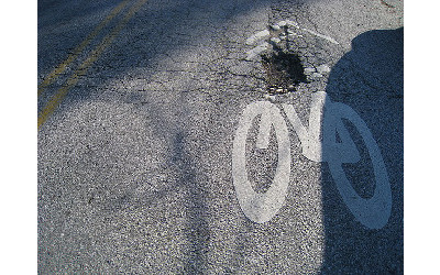 bike_lane_pothole_ig3l6f55s296y